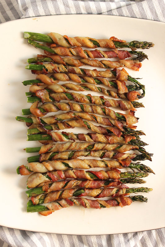bacon wrapped asparagus overhead view