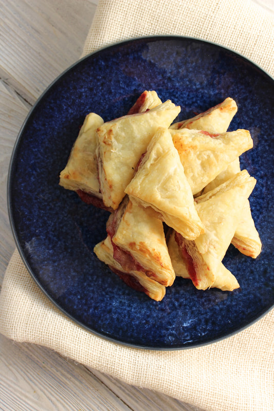 Cranberry Puff Pastry Bites