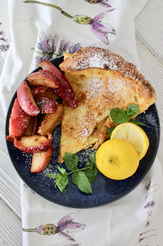 Dutch Baby with Fried Apples