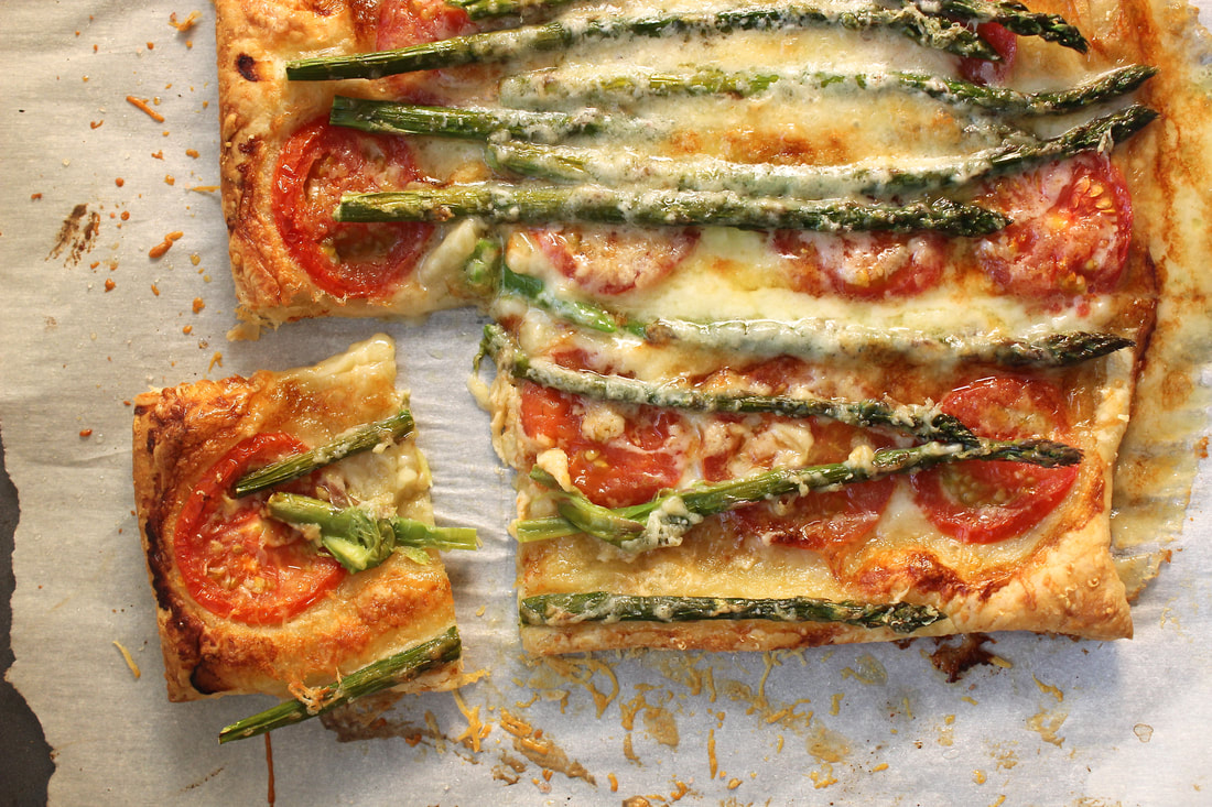 Delicious Tomato, Asparagus, Brie, and Parmesan Tart