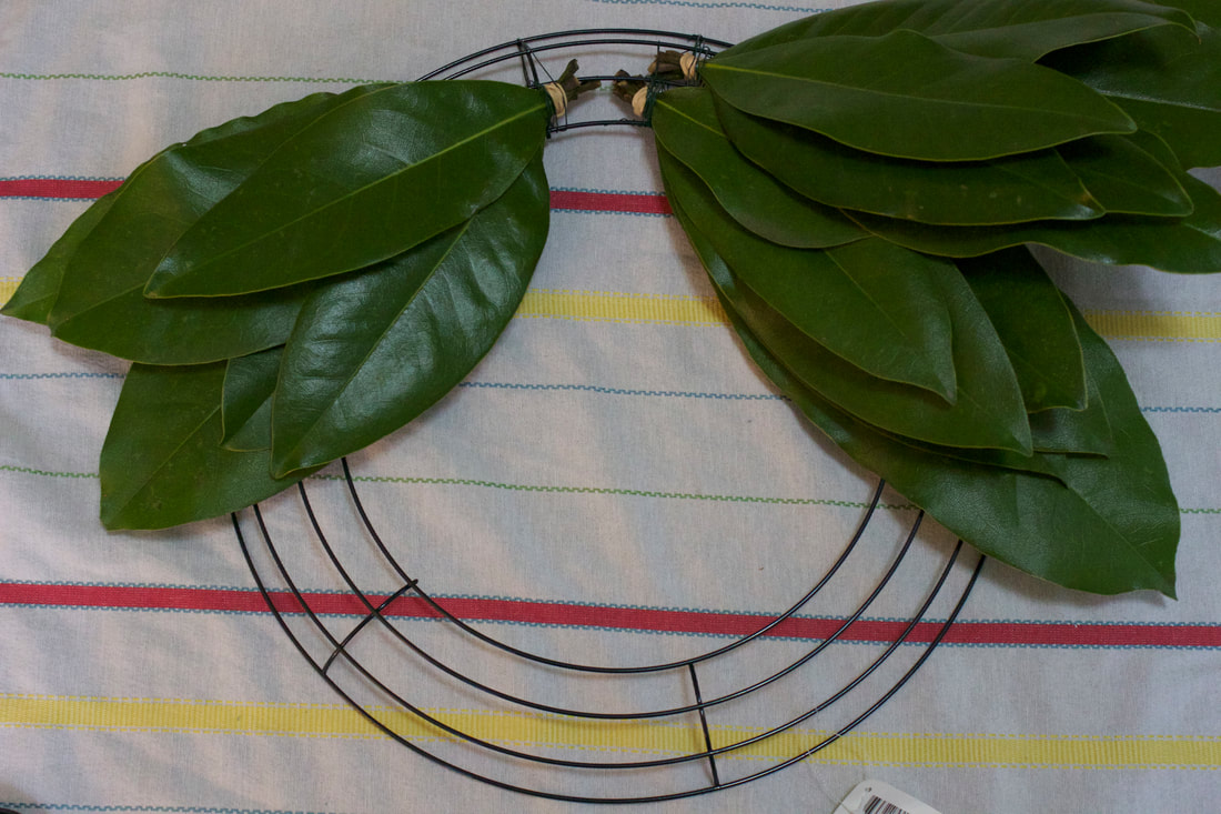 Making a DIY Magnolia Leaf Wreath