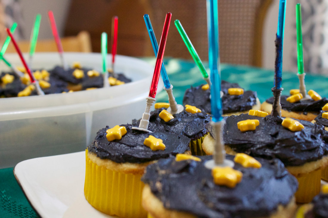 Cupcakes with Light Sabers for Star Wars Birthday Parties